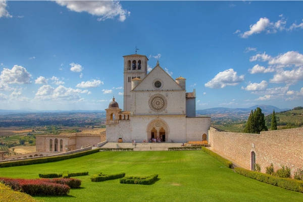 bed and breakfast soleluna - assisi